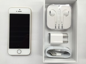 iPhone5S 32GB au 買取 しました! 八王子 めじろ台 iPhone 買取